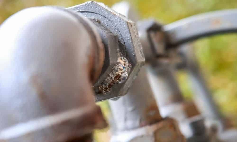 Signs of a Natural Gas Leak in Your Pipeline